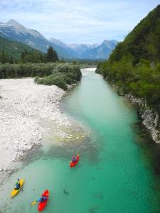 slovenie kayak soca bovec voyage