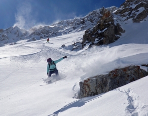 GRAVITY LADIES GLISSE SNOWBOARD FILLE BLOG OUTDOOR SPORT MONTAGNE FEMININ